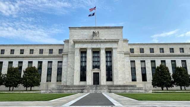 9月會議紀要Fed紅牌警告 缺乏財政支援威脅經濟復甦。(圖片:AFP)