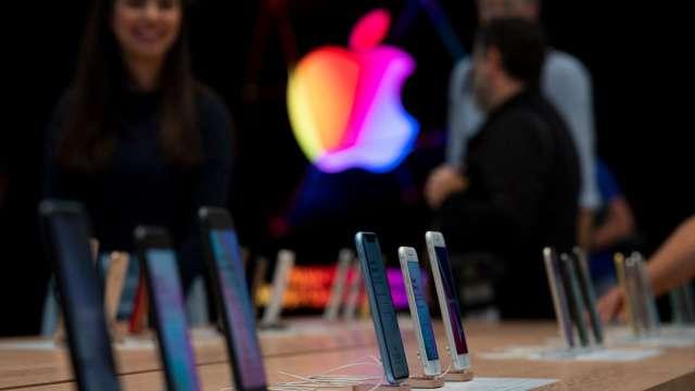 蘋果首款 5G iPhone 即將現身。(圖片:AFP)