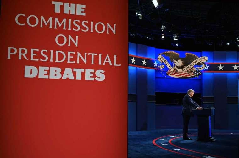 川普週四表態拒絕參加線上辯論會 (圖片:AFP)
