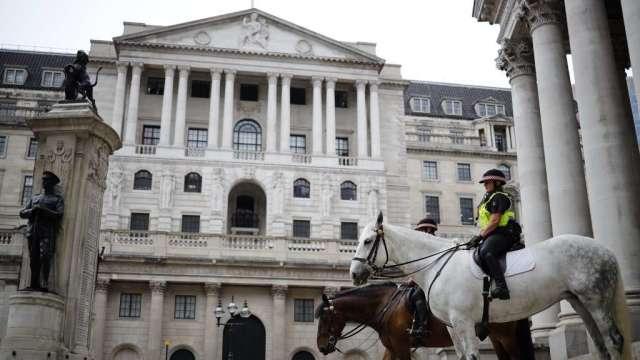 英國央行致信銀行業 了解針對負利率的準備狀況(圖:AFP)