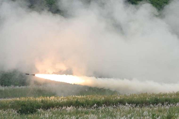 洛克希德馬丁 (LMT-US) 生產高機動性多管火箭系統 (HIMARS) (圖片:AFP)