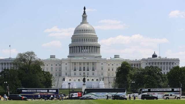 路透報導,美國務院已批准對台出售3項武器,目前已通知國會、等待批准。(圖片:AFP)