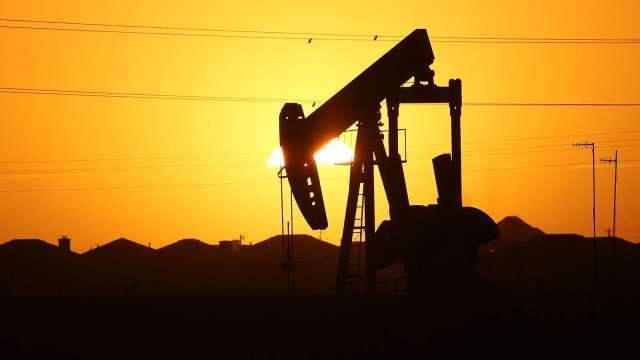 〈能源盤後〉供應緊縮狀況解除 各地返回生產 原油跌至一週低點(圖片:AFP)