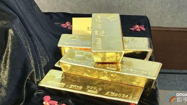 台銀看好金價年底前上看2200美元。(鉅亨網記者郭幸宜攝)