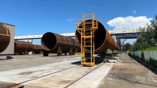 台朔重工與沃旭密切合作,完成首批水下基樁製造。(圖:沃旭提供)