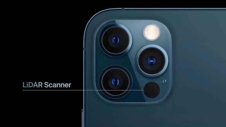 iPhone 12 Pro/Max 搭配新 LiDAR 光學雷達掃描儀,提供即時 AR 體驗。(圖片:AFP)