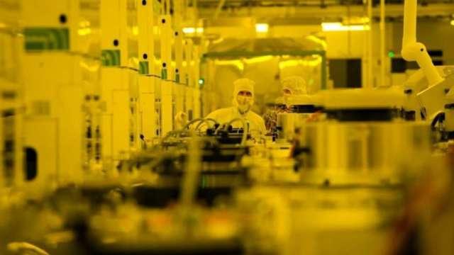 SEMI:今年全球矽晶圓出貨量成長2.4% 2022年創新高。(圖:AFP)