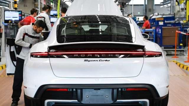 市場頻傳出車用需求回溫訊號。(圖:AFP)