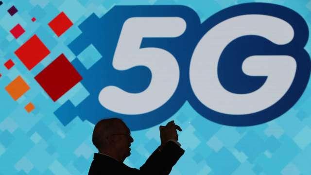 亞太電10/22啟動5G網路。(圖:AFP)