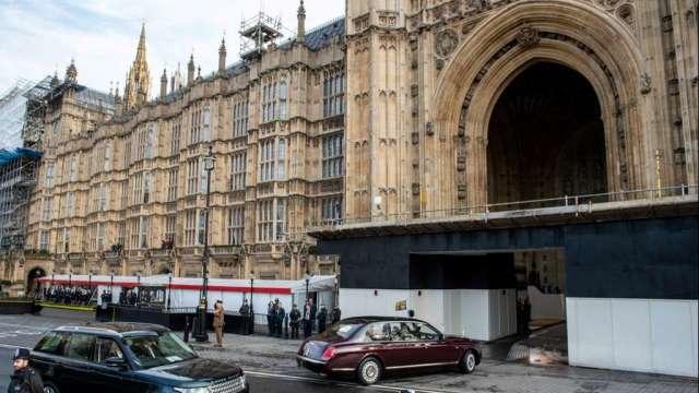 穆迪下調英國債信評級 認為遭疫情及脫歐雙重打擊(圖:AFP)