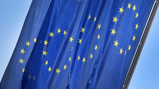歐洲爆發第二波疫情 恐使經濟陷入雙底衰退(圖片:AFP)