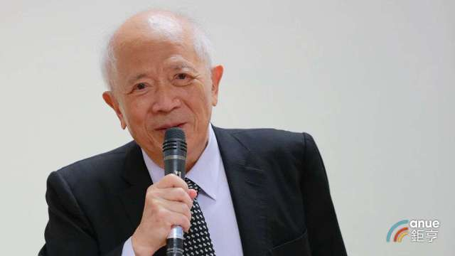 健鼎董事長王景春。(鉅亨網記者張欽發攝)