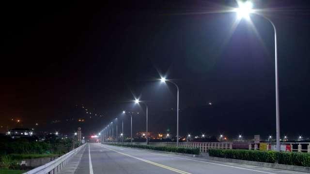 台達電再獲新北節能路燈PFI二期專案,接續提供未來十年的節能路燈換裝既維護服務。(圖:台達電提供)