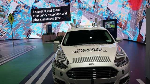 福特第四代自駕測試車亮相 商用自駕車延遲至2022推出(圖片:AFP)