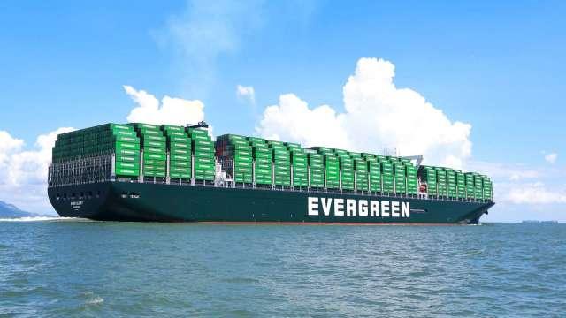 法人預期第四季貨櫃運價將維持高檔。(圖:長榮提供)