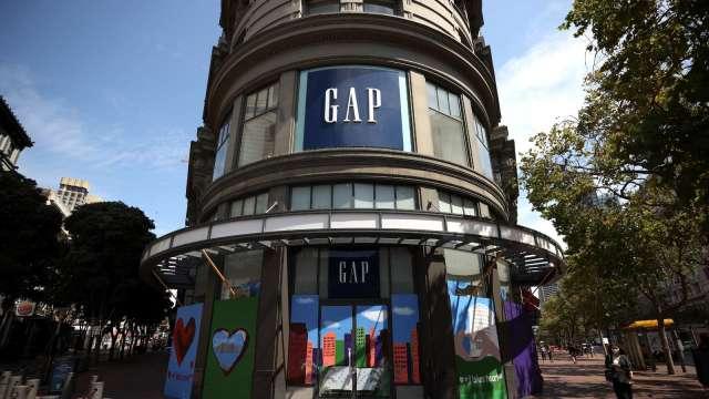 斷尾求生!Gap擬關店350家 轉型靠電商 離開大型購物中心 股價漲逾13%(圖片:AFP)