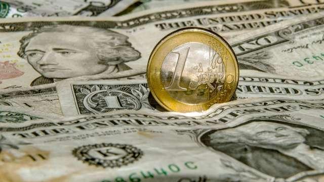 疫情強化美元在全球經濟的角色 成新興經濟體隱憂(圖:AFP)