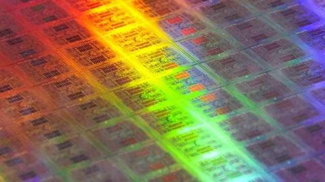 受疫情影響 預計今年底DRAM價格將走跌(圖片:AFP)