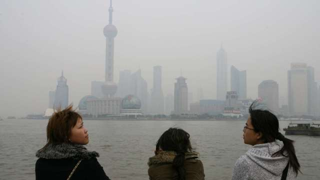 大摩:中國空汙顯示 iPhone12新機產量猛增 (圖片:AFP)