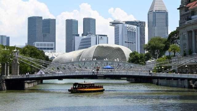 新加坡股市本週慘跌 取代泰國成為表現最差亞股(圖:AFP)