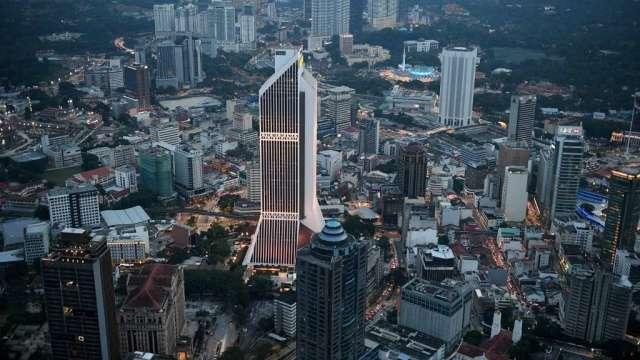 馬來西亞央行維持利率紀錄低點不變 警告疫情威脅提高(圖:AFP)