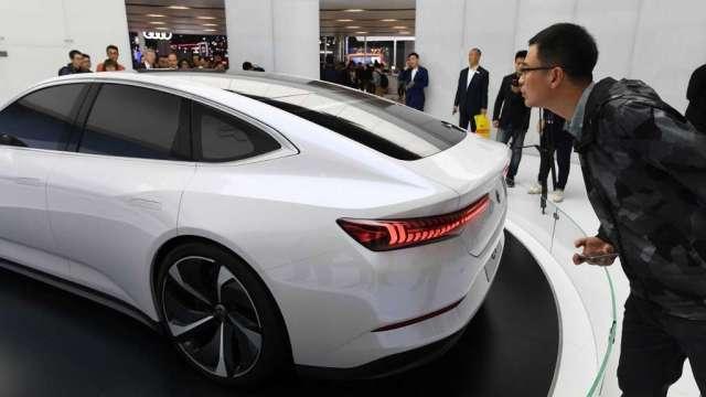 中國電動汽車商蔚來股價瘋漲 市值已超過通用汽車(圖:AFP)
