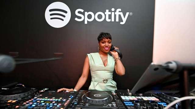 再攻podcast!Spotify將以2.35億美元收購Megaphone(圖片:AFP)