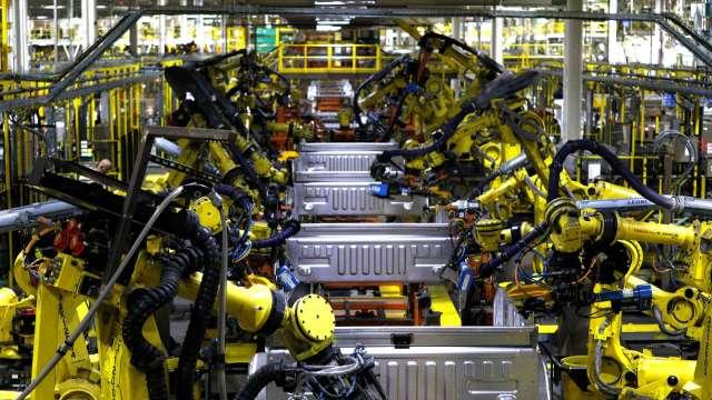 日本9月核心機械訂單月減4.4% 大幅遜於市場預期 (圖片:AFP)