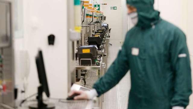 應材估半導體強勁需求將延續至2021年 台設備廠啖商機。(圖:AFP)