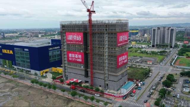 日勝生在青埔的建案「新京站」,二樓以上151戶住宅已經完銷。(圖:日勝生提供)