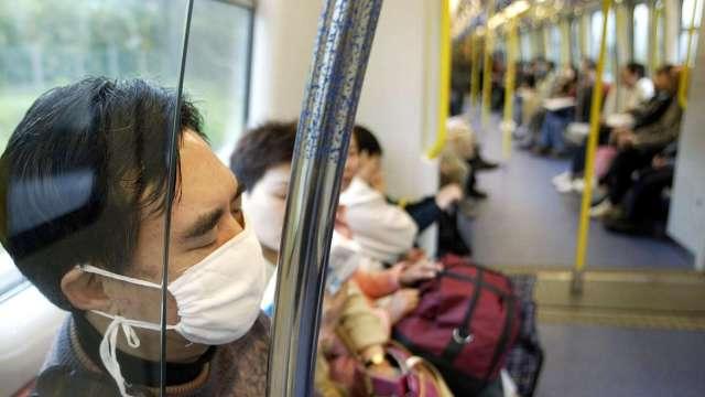疫情增溫 韓國宣布首都圈防疫等級升至1.5(圖片:AFP)
