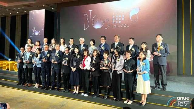 不畏今年疫情,台灣前20大品牌創造百億美元價值年增5%。(鉅亨網記者劉韋廷攝)