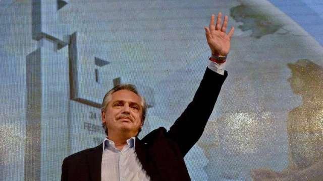 阿根廷擬收「財富稅」救助疫情 在參議院闖過頭關(圖:AFP)