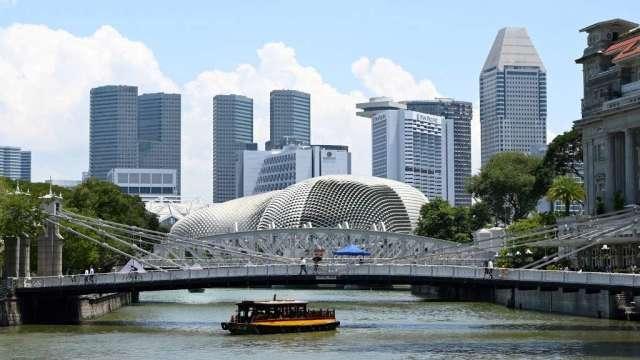 香港、新加坡旅遊泡泡計畫延後兩週 航空、觀光業受挫(圖:AFP)