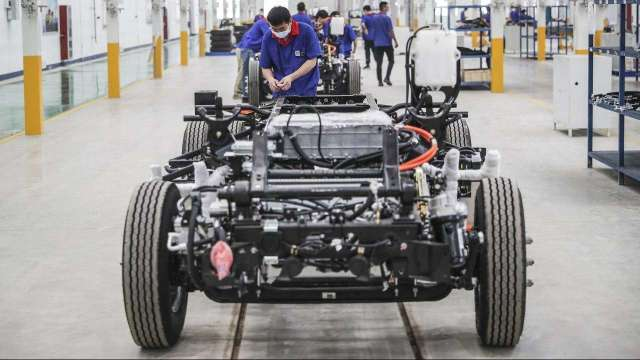 中國本土電動車品牌、車款崛起,信邦、健和興迎浪潮。(示意圖:AFP)