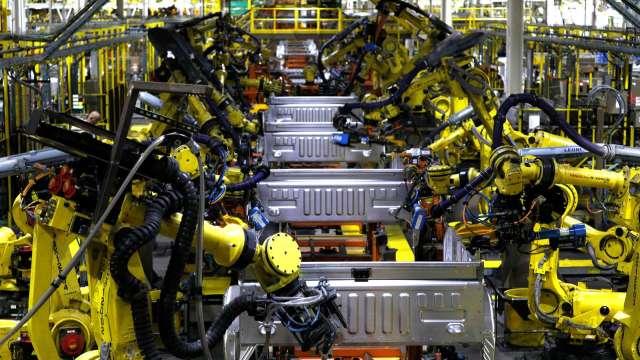 日本10月工具機訂單年減6% 中國需求爆增近8成 (圖片:AFP)