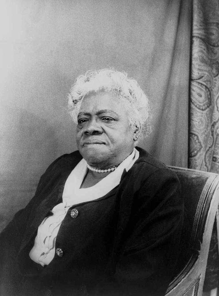 瑪莉 ‧ 貝舒除了是優秀的教育家,也是社會運動者,更被列為美國最偉大的女性之一。她擔任「黑人女性全國聯盟」董事會主席時,積極參與公共事務,後來被舉薦投入羅斯福總統「新政」,發揮實質影響力。 圖│Wiki