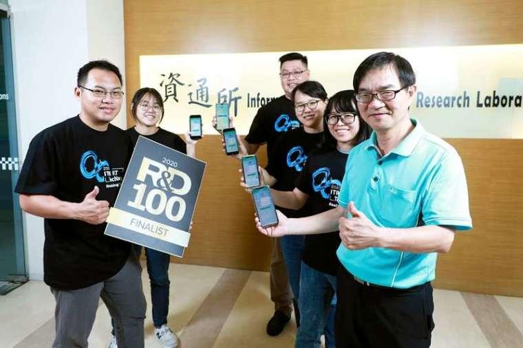 透過工研院「智慧手機虛擬化技術」,有需要時才上雲端點選 APP 使用,用完就離開,落實 APP 串流概念,獲得今年全球百大科技研發獎入圍肯定。