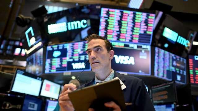 華爾街多頭:美股有望年底前再漲10%挑戰4,000點(圖片:AFP)