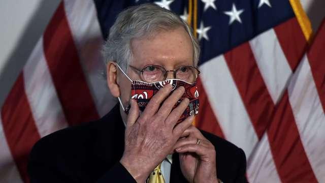 共和黨參院領袖拒絕跨黨派9000億美元刺激 將提自己的版本 (圖:AFP)
