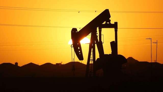 〈能源盤後〉OPEC+會議延期 市場信心動搖 原油跌至1週低點(圖片:AFP)