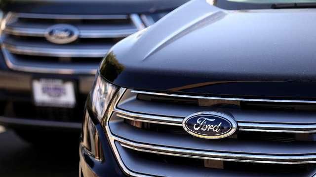 受疫情衝擊 福特汽車11月汽車銷量暴跌21%(圖片:AFP)