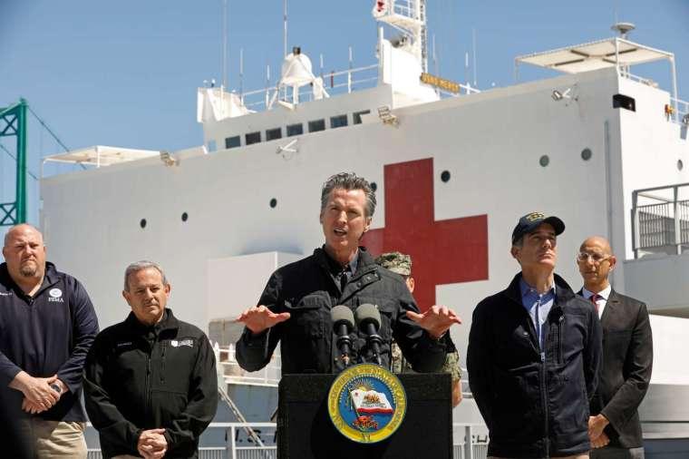 加州宣布重啟居家防疫禁令 (圖片:AFP)