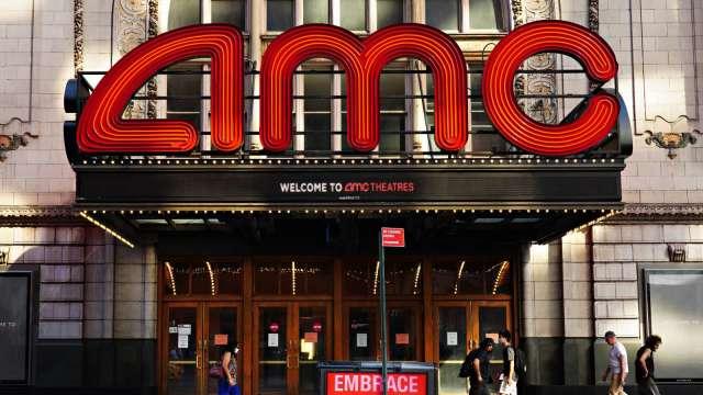 華納兄弟電影2021年HBO Max與電影院同步上映 AMC、喜滿客重挫(圖片:AFP)