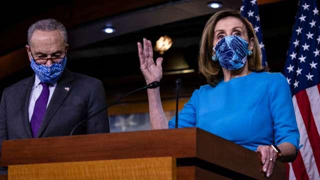 非農慘烈!美恐陷W型衰退 舒默敦促出台新刺激法案 (圖片:AFP)