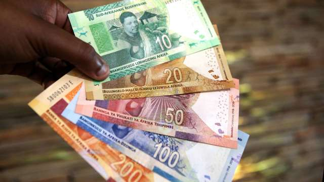 南非幣表現受到原物料價格高度影響。(圖:AFP)