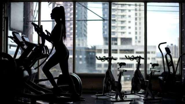 居家健身熱潮延續!Lululemon上季營收、獲利優 (圖:AFP)