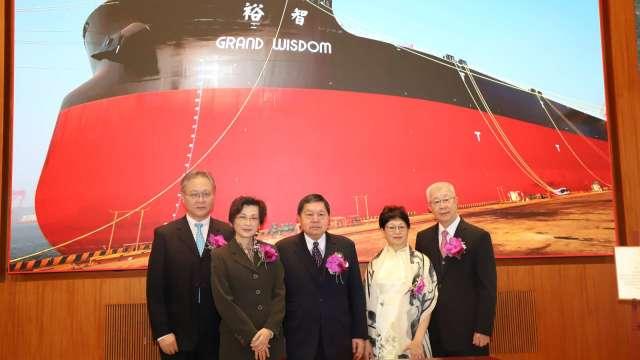 裕民第二艘32.5萬噸超大型礦砂船今日交船。(圖:裕民提供)