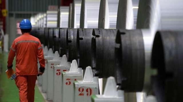 16檔鋼鐵概念股喜迎鋼市春燕。(圖:AFP)