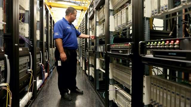 宏致7.57億元併購美國Genesis,強化高速高頻應用。(示意圖:AFP)